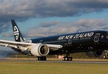 Air New Zealand charter Rolls-Royce engines 787