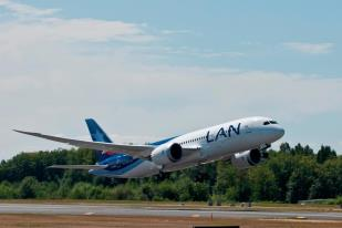 LAN 787 Dreamliner  Picture: Facebook/LAN