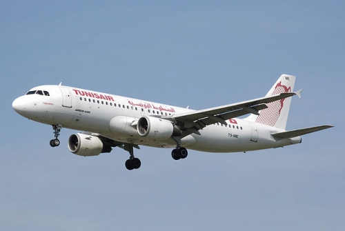 Tunisair A320  Picture:Adrian Pingstone