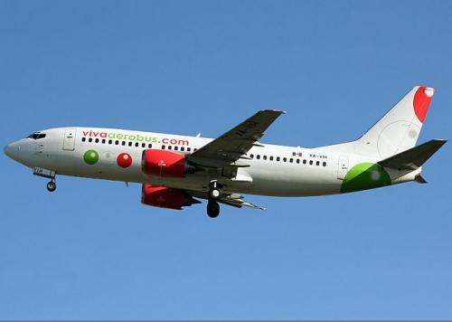 Viva Aerobus 737-300  Picture: Andre Austin Du-Pont Rocha/commons.wikimedia.org