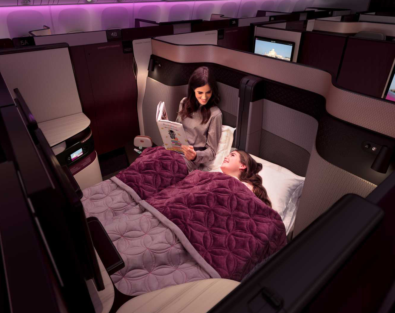 777Qsuite_Double_bed_mum_and_child_EURO