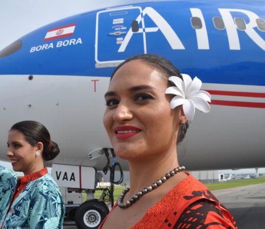 Air tahiti Nui clash titans