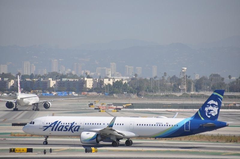 Alaska Boeing Airbus