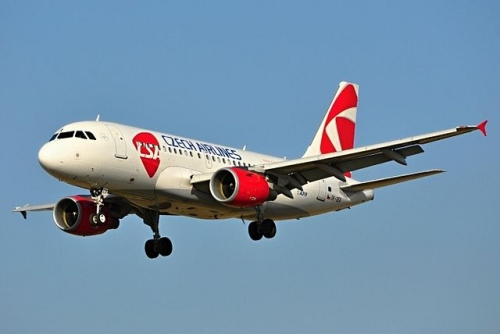 Czech Airlines A319 Picture: FlyJacob/commons.wikimedia.org. Original source ma prace