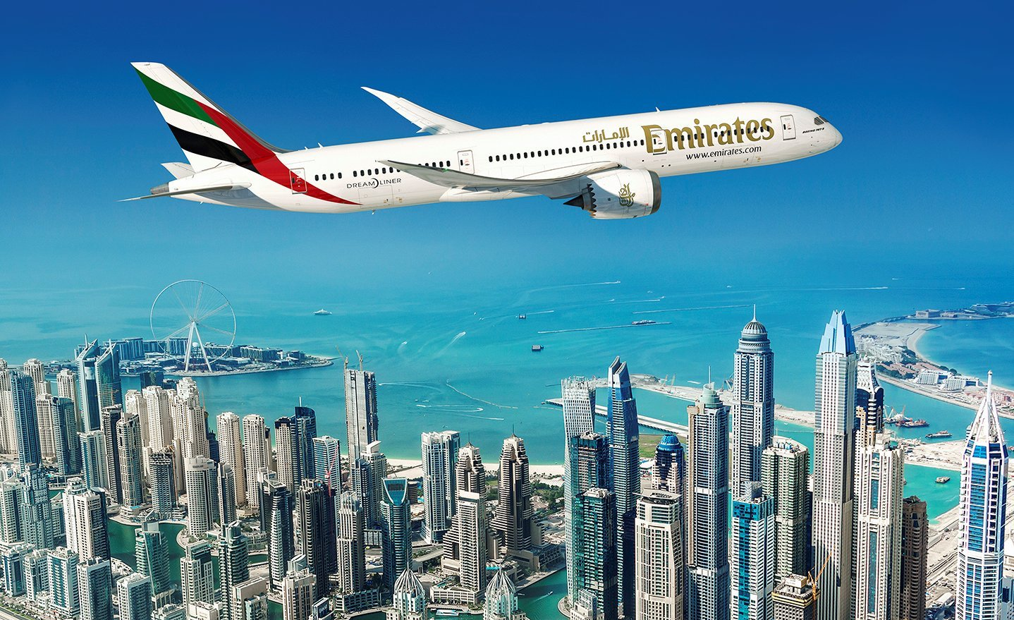Emirates orders 787-9s reduces 777X commitment