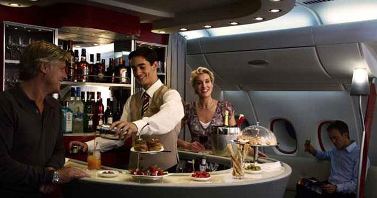 Emirates profit rebound