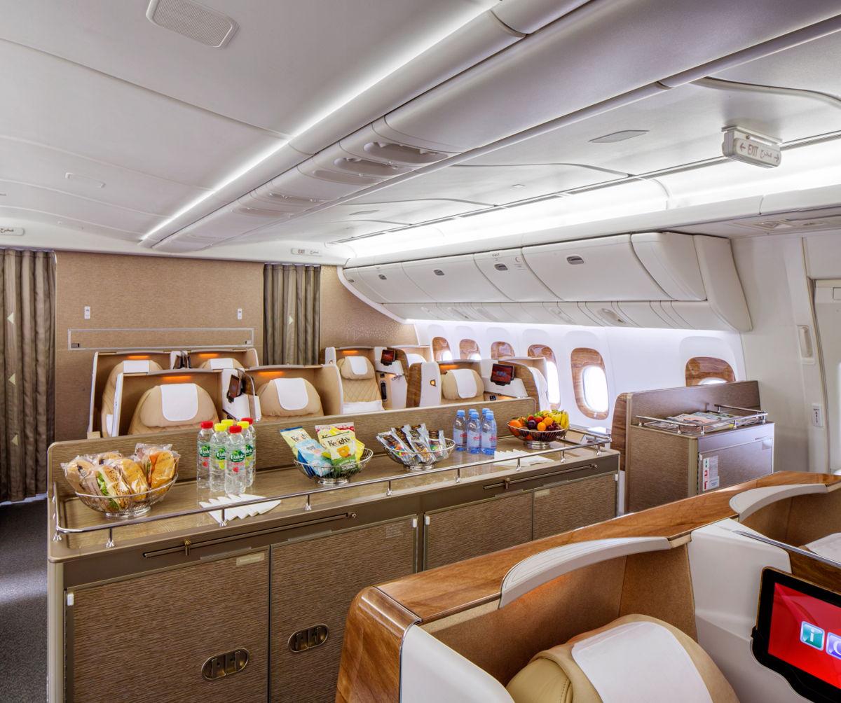 Emirates upgrade Boeing 777-200LRs