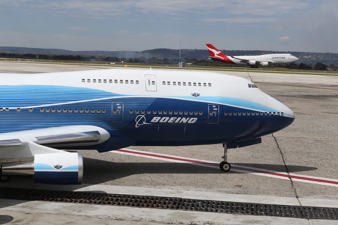 747 RC