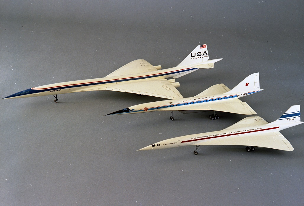 Models of supersonic transports
