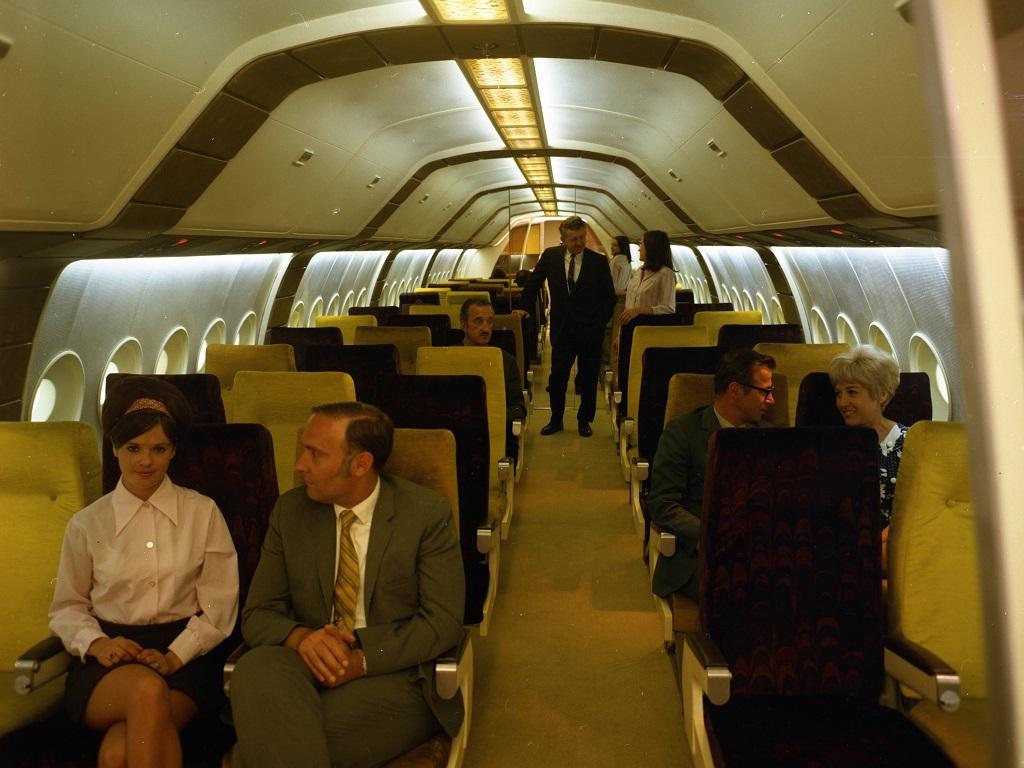 B2707 cabin mock-up