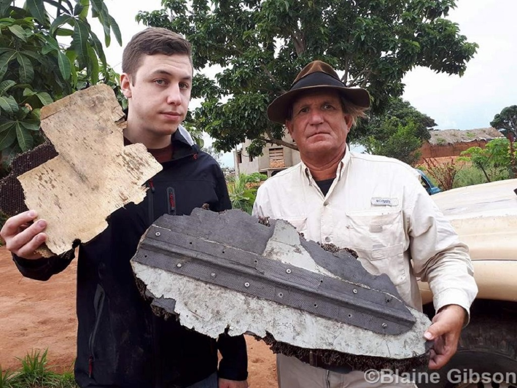 MH370 Debris with Gibson and Connite