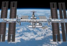 space station boeing solar