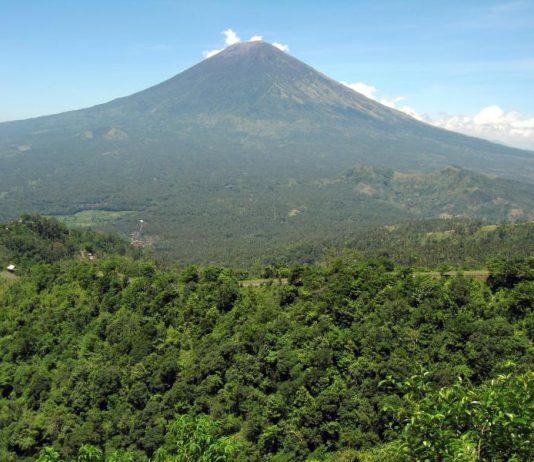 Mt Agung Bali volcano