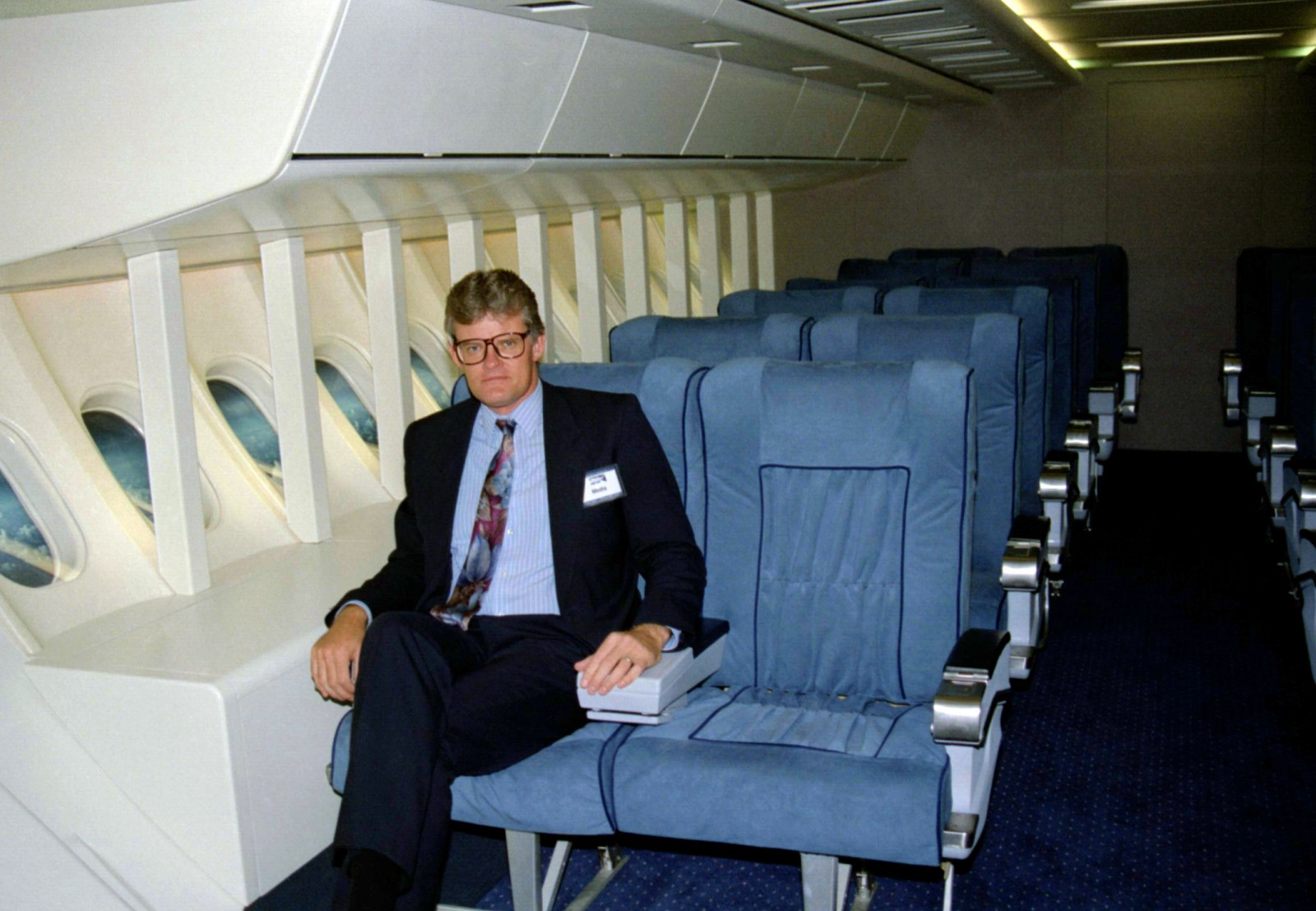 McDonnell Douglas' Panorama Deck on its MD-12 would set passengers underfloor.
