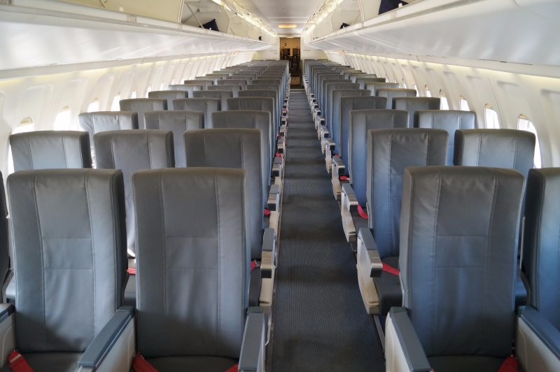 Network Fokker 100 seating