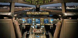 Aussie pilots op[pose foreign flight crew
