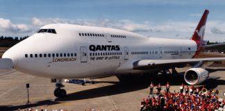 Boeing 747-400 Qantas historical