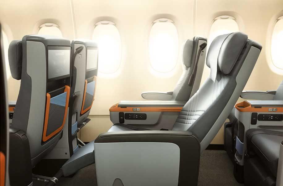 SIngapore airlines Premium-Economy-Class seat recline