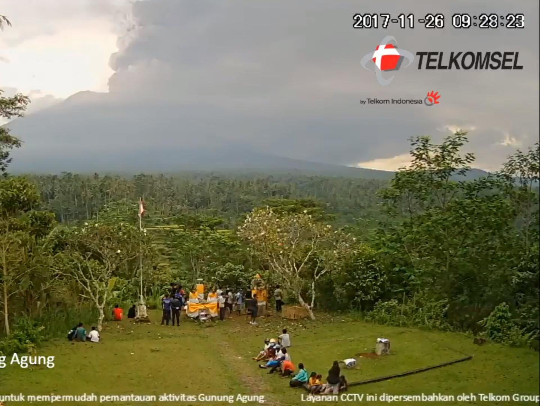 Live stream of Mount Agung