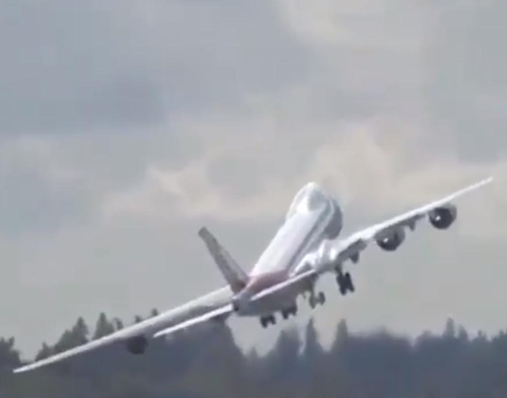 747-8F