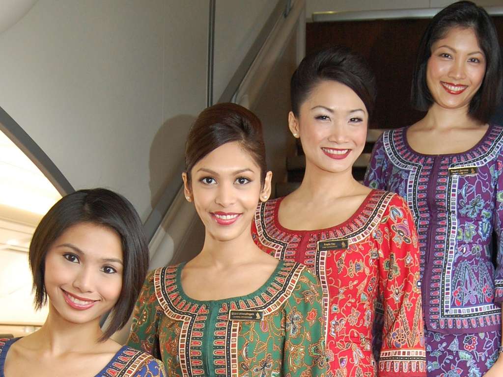 AirlineRatings Best Cabin Crew goes to Singapore Airlines