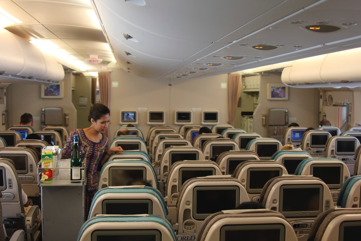 Economy class SIngapore Airlines A380