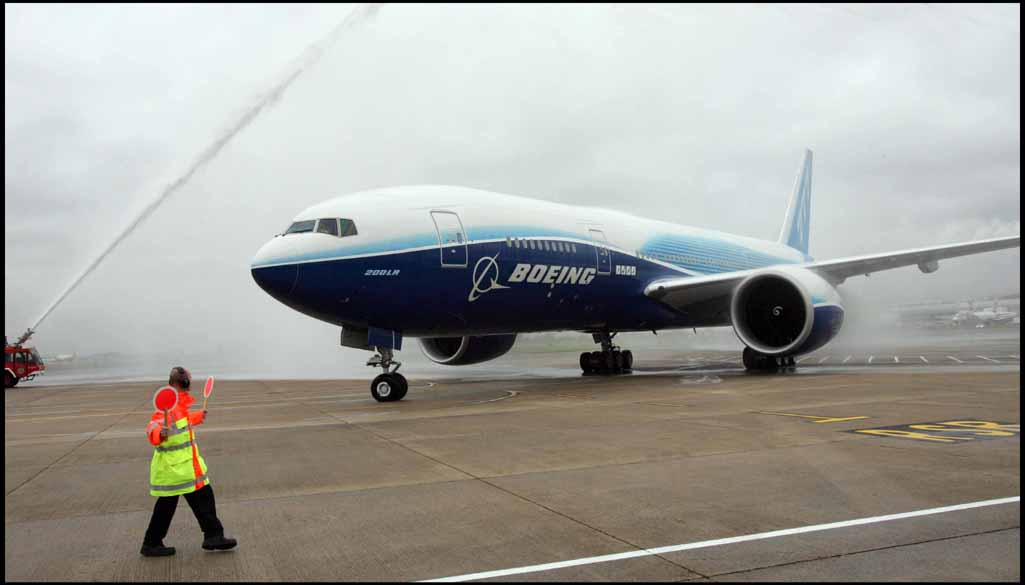 777-200LRs