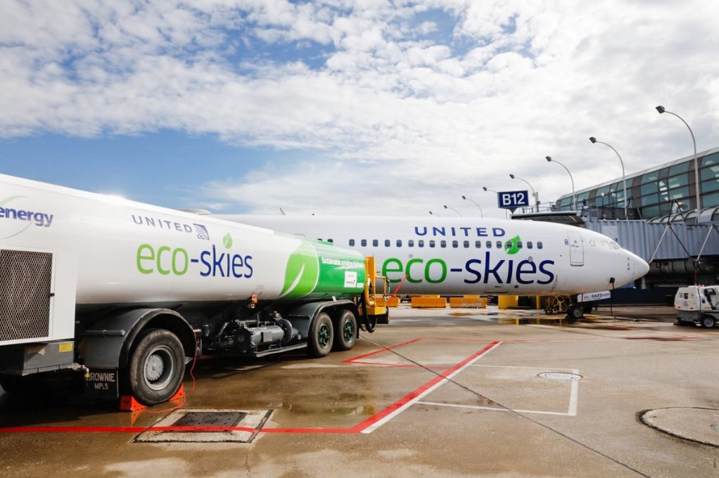 United eco-flight airline climate
