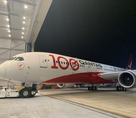 qantas livery 100th