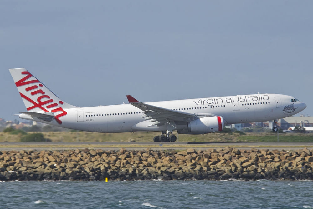 Qld Government offers $200M to keep Virgin Australia afloat