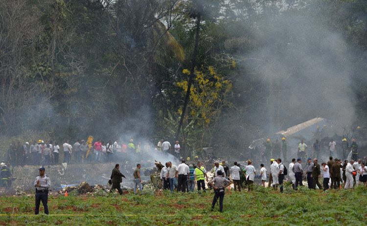 Cuba plane crash: Island starts two days of national mourning