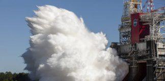 moon space rocket