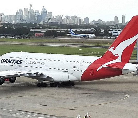 Qantas Airlines Reviews