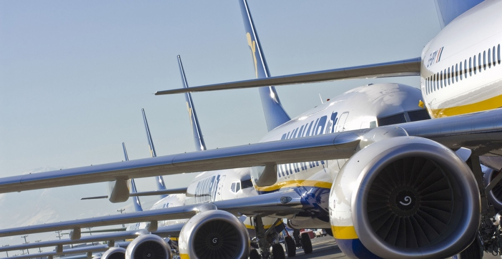 ryanair fares weakness closures
