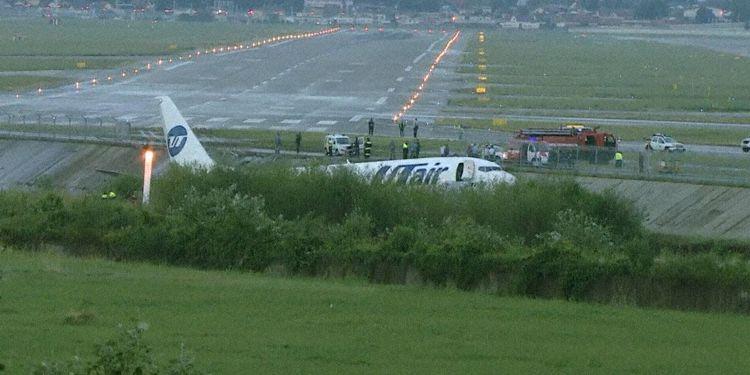 UTAir 737