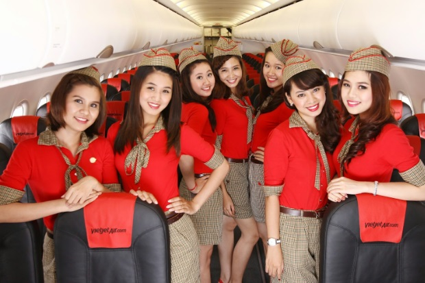 vietjet flight attendants
